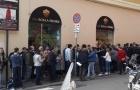 Fan Roma bắt đầu xếp hàng mua vé để tái ngộ Salah