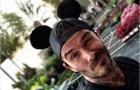 Beckham hồi teen tại hóa chuột Mickey