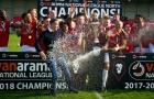 Đội bóng của Giggs, Scholes lên ngôi vô địch