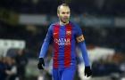 Hành quân tới Nam Mỹ, Iniesta vẫn đá chính cho Barcelona