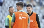 'Đồ tể' Pepe cười rạng rỡ trong buổi tập cùng Bồ Đào Nha