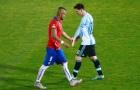 'Gặp tôi, Messi chạy mất dép'