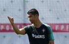 Ronaldo 'chỉ tay 5 ngón', Bồ Đào Nha chờ lấy 3 điểm đầu tiên