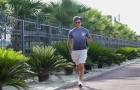 Làm gương cho học trò, Joachim Low tập thể dục buổi sáng hưởng cái nắng Sochi