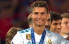 Ronaldo và những kiểu tóc 'phong độ' qua năm tháng