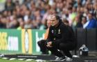 Phù thủy Marcelo Bielsa sớm đánh thức 'gã khổng lồ ngủ quên' Leeds United