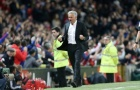 Sau tất cả, Jose Mourinho hàn gắn tình cảm với CĐV Man Utd
