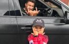 Trở lại Carrington, sao Man Utd được fan nhí tặng quà ĐẶC BIỆT