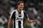 Góc Juventus: Lời giải nào cho bài toán thay thế Stephan Lichtsteiner?