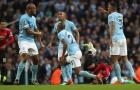 TOÀN CẢNH phòng thay đồ ngập tiếng chửi thề của Man City sau trận thua M.U