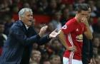 Mourinho 'xé ruột gan' khi phải để 2 cầu thủ Man Utd này dự bị