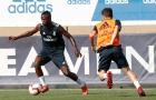 ''Tiểu Neymar' quẩy cực sung trên sân tập Real Madrid