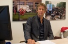 'Lợi dụng' Van Der Sar, Man Utd tiến gần hơn đến chữ ký 50 triệu bảng