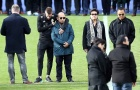 Vardy và nhiều cầu thủ Leicester City rơi lệ trong lễ tang chủ tịch Vichai