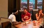 Ăn tối với Messi, Pogba thưởng thức trào lưu 'rắc muối'
