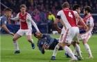 Dư âm Ajax 3-3 Bayern Munich: Hàng thủ Hùm xám bị cuốn phăng bởi Cơn lốc màu đỏ