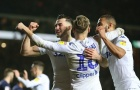 Dùng trò bẩn, Leeds United hạ đội bóng của Lampard để xây chắc ngôi đầu