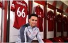 Chùm ảnh sao trẻ Liverpool rạng rỡ trong ngày ký hợp đồng mới