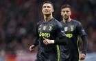 Juventus thua đau, Ronaldo vẫn có hành động khiến NHM nể phục
