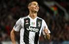 Ronaldo bất ngờ khi được yêu cầu ký vào áo đấu của Real