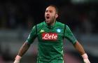 """""""Người thừa"""" Arsenal tỏ tình với Napoli"""