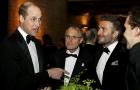 Beckham ở tuổi 43 khi đứng cạnh hoàng tử William vẫn không hề lép vế