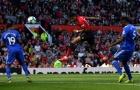 Xót xa! Fan Cardiff 'xát muối' NHM Man Utd chỉ bằng 1 câu hát