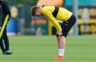 Nhạc trưởng 'giận dỗi', khó chịu trong buổi tập Dortmund