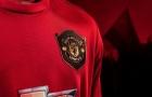 Tại sao logo của Man Utd được bao bọc bên ngoài?