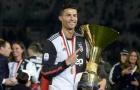 Nâng cúp 'chất lừ', Ronaldo làm 1 điều với Allegri ngày chia tay Allianz