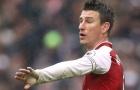 Inter Milan từ chối cơ hội sở hữu trung vệ của Arsenal