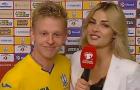 Cao hứng sau chiến thắng, sao Man City 'cưỡng hôn' nữ phóng viên xinh đẹp