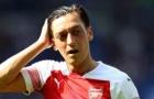 Emery đòi BLĐ bán gấp Ozil, cấp thêm tiền mua 'Quỷ Đỏ lạc lối' 55 triệu bảng
