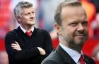 Đây! 3 thương vụ khiến 'trùm cuối' Man United bận 'tối tăm mặt mũi'