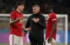 Man Utd và 'tàn dư Mourinho' đang làm Solskjaer quên đi Maguire