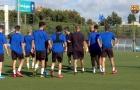 Video buổi huấn luyện đầu tiên của Victor Valdes với U19 Barcelona