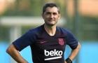Tin dữ ồ ạt ập đến với Barca khiến HLV Valverde 'ngồi trên đống lửa'