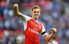Hàng thủ khủng hoảng, Arsenal nhận chút tin vui