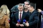 Solskjaer bị 'bắt cóc' ngay khi Man Utd vừa đặt chân tới sân Olympic