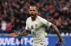Alves: 'Tương lai của cậu ấy chỉ hạnh phúc khi ở Barcelona'