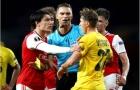 Hector Bellerin ra vẻ 'hổ báo' trong ngày đầu mang băng đội trưởng của Arsenal