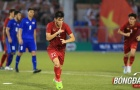 Tiến Linh có hành động đặc biệt với Quang Hải sau bàn thắng gỡ hoà 2-2
