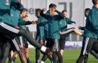 Ronaldo và các đồng đội làm điều kì lạ trên sân tập của Juventus