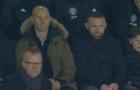 3 vị khách 'đặc biệt' chỉ còn biết nín lặng trên khán đài Old Trafford