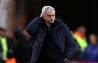 Mourinho bất ngờ điên tiết chỉ sau vài tháng ở Spurs