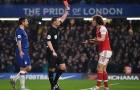 'Tôi đồng cảm với Luiz, cậu ta gặp rắc rối bởi cầu thủ Arsenal đó'