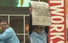 Carlos Tevez gia nhập Man Utd là điều khó chấp nhận nhất!