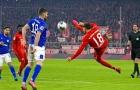 Sao Bayern lập siêu phẩm  'cắt kéo' như Ibrahimovic, NHM bấn loạn trên mạng xã hội