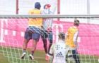 SỐC! Nội bộ của Bayern choảng nhau, các trụ cột căng thẳng cực độ