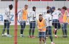 SỐC! Sao Bayern 'vô cảm', cười hả hê khi thấy đồng đội đau đớn trên sân